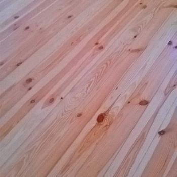Radzymin - stara podłoga sosnowa - cyklinowanie + listwy